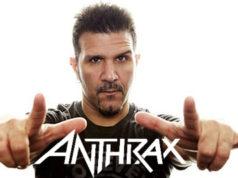 El batería de ANTHRAX, Charlie Benante, habló sobre la gira The Book of Souls de 2016 en Latino América, junto a IRON MAIDEN