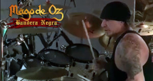 "MAGO DE OZ - Videos Grabando baterías para ""Bandera Negra"". Próxima entrevista con Manuel Seoane."