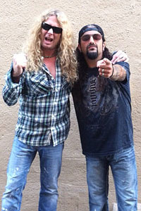 John Sykes y Mike Portnoy