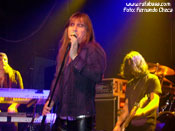 """<strong>RATA BLANCA</strong> – Foto: Fernando Checa"""" width=""""175″ height=""""131″ border=""""0″ onclick=""""MM_openBrWindow('images/web/rata_blanca/concierto/madrid10_07/6hg.jpg',"""",'width=520,height=395′)"""" /></a></div></td><td width="""